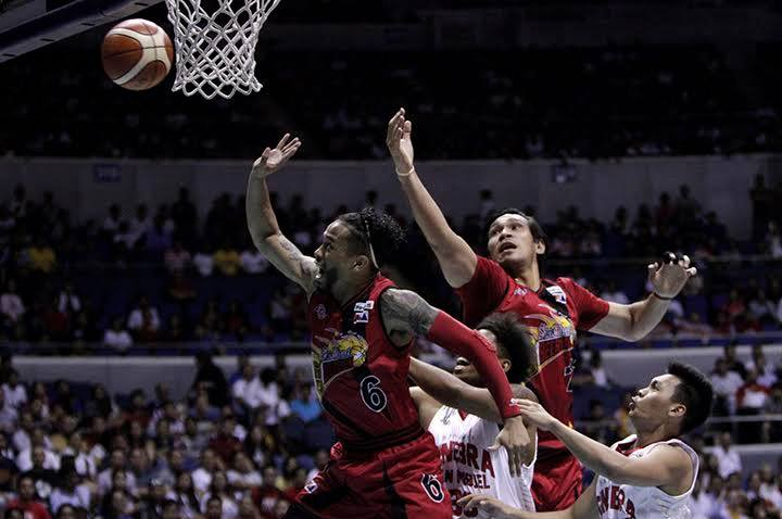 Chris Ross going for a ball game 3 of the finals pba-images, Beermen bounce back to take a 2-1 advantage against Ginebra