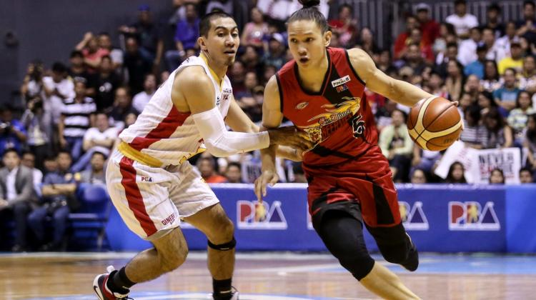 Justine Brownlee explodes for 42 points in game 1 of the Commissioners Cup Finals
